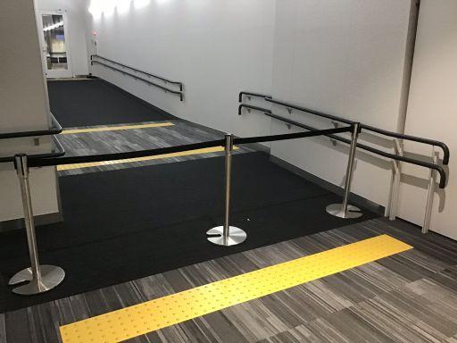 福岡空港到着→出発待機場所