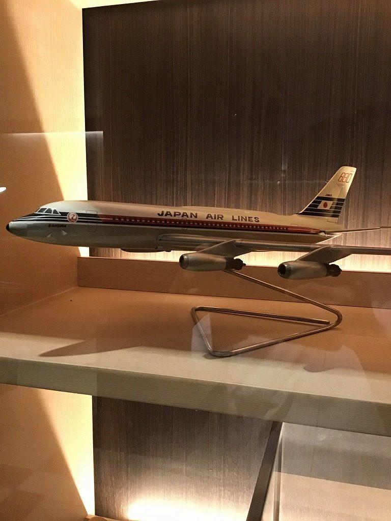昔の飛行機でしょうか