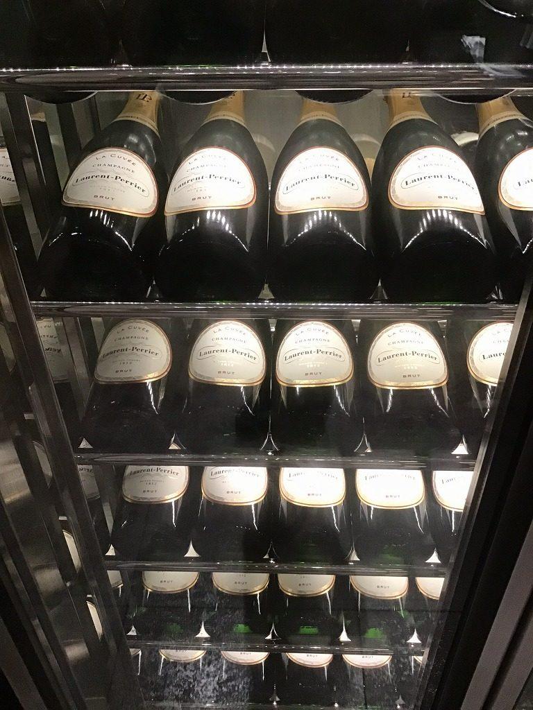 冷蔵庫内は全てローランペリエ