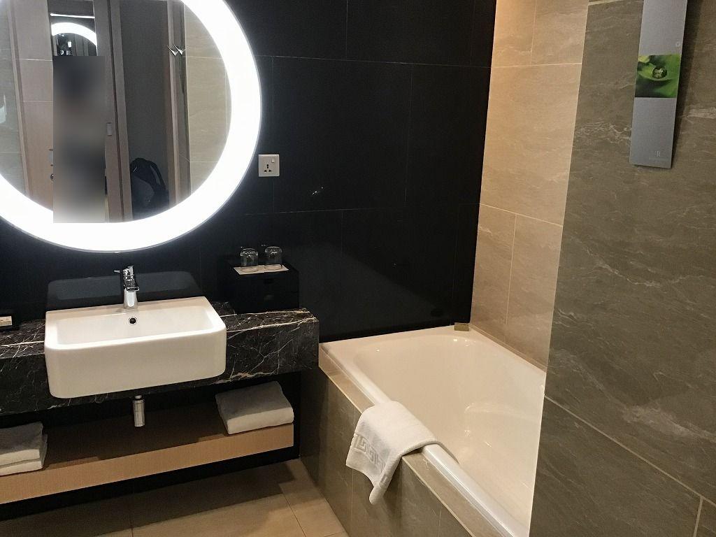 バスルーム、洗面スペース